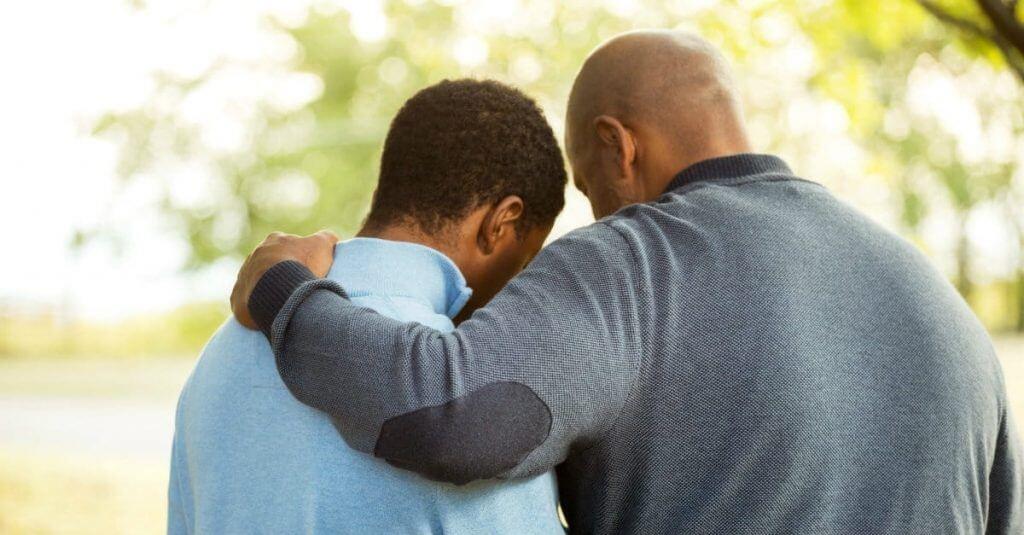 Prayer-with-student